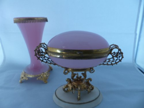 Napoleon III pink opaline egg - Objects of Vertu Style Napoléon III