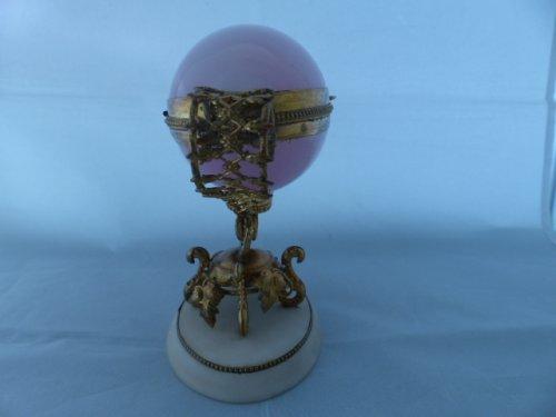 Napoleon III pink opaline egg -