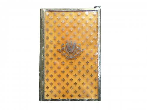 Dance card in blond tortoise-shell, gold and vermeil