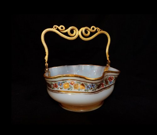 OPALINE and gilded bronze Basket