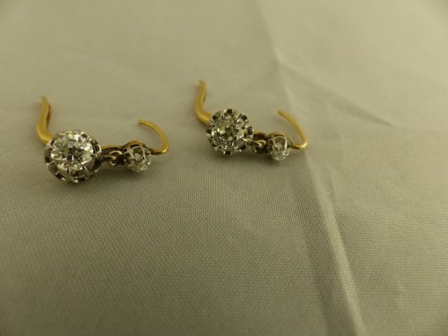Art nouveau - Pair of earrings in gold and diamonds