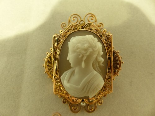 Napoléon III - Cameos and gold finery,  Napoleon III period