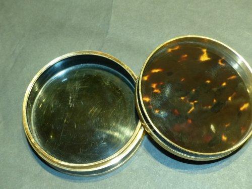Objects of Vertu  -  tortoiseshell, gold and miniature round box