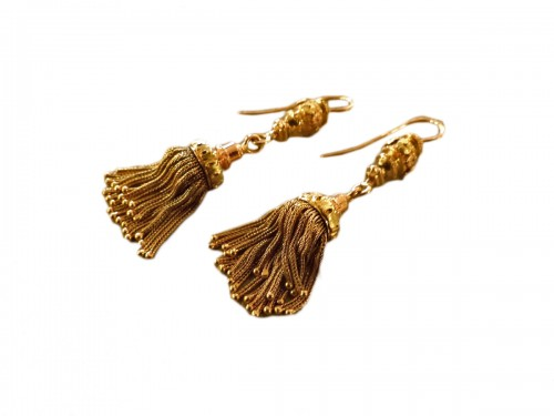 Pair of PomPoms color gold earrings circa 1850