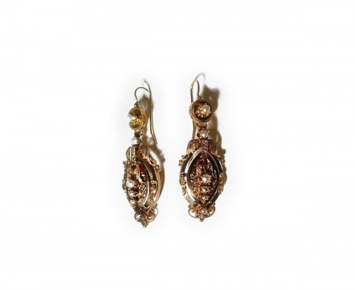 Earrings in gold and pearls  Napoleon III period