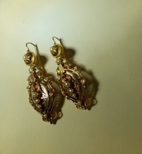 Earrings in gold and pearls  Napoleon III period - Antique Jewellery Style Napoléon III