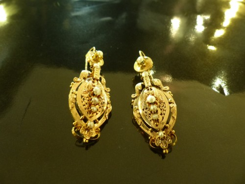 Earrings in gold and pearls  Napoleon III period - Napoléon III