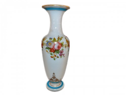 Vase in opaline with decoration of Jean francois Robert