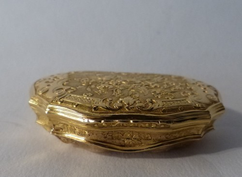French Louis XV Gold suffbox -