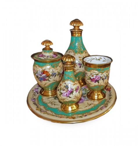 Night service in porcelain of Paris circa 1820