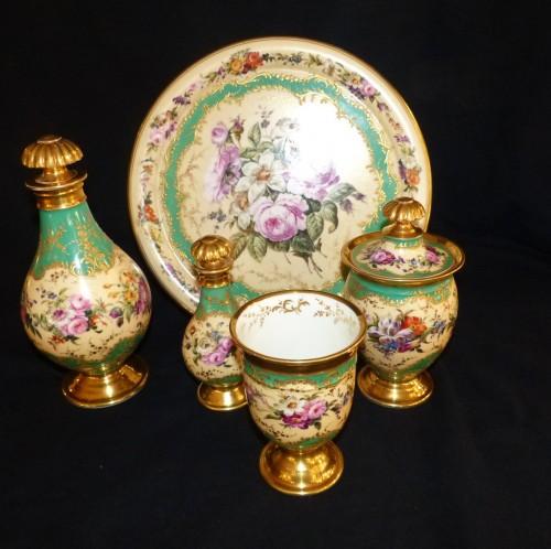 Restauration - Charles X - Night service in porcelain of Paris circa 1820