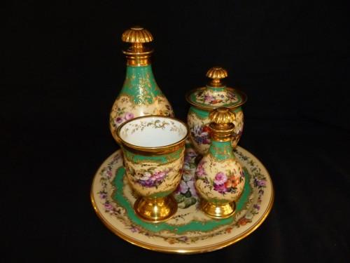 Antiquités - Night service in porcelain of Paris circa 1820