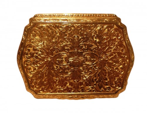 19 th century Gold Snuffbox