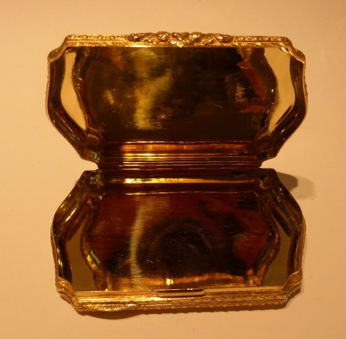 19th century - 19 th century Gold Snuffbox