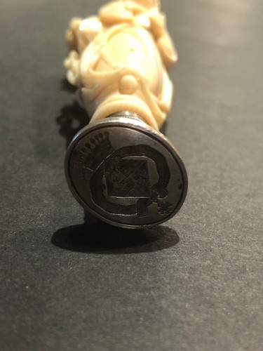Objects of Vertu  - Ivory and silver wax seal