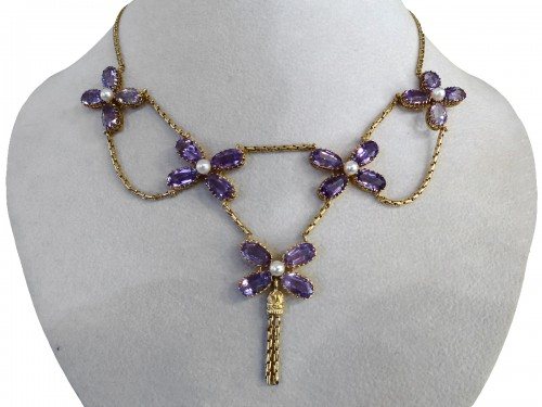 Necklace in gold, pearls and amethysts