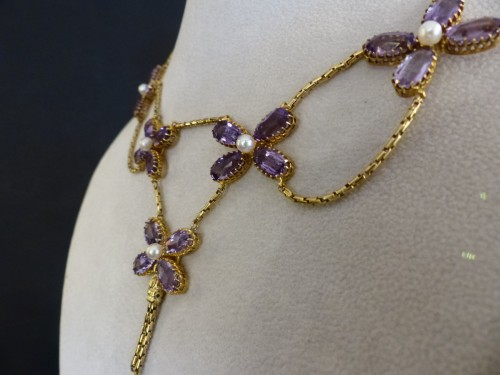 Antique Jewellery  - Necklace in gold, pearls and amethysts