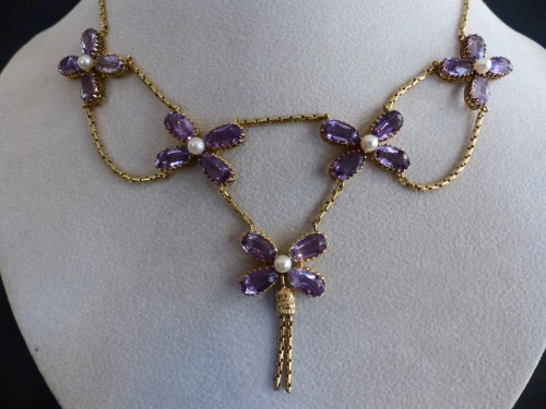 Antiquités - Necklace in gold, pearls and amethysts