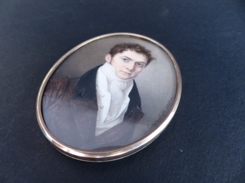 Objects of Vertu  -  Portrait of a gentleman signed and dated 1816