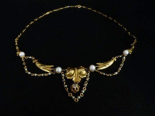 Gold necklace, with pearls and diamonds, Napoléon III period