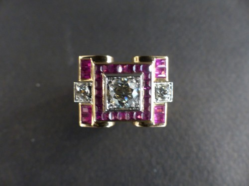 Antique Jewellery  - Art-Deco gold and rubies ring