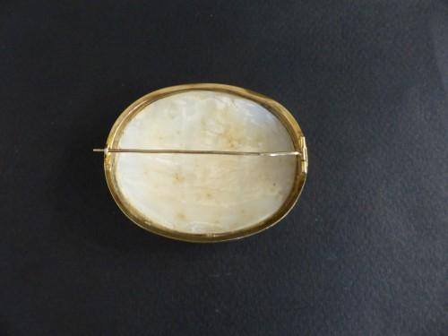 19th century - Cameo mythologic brooch