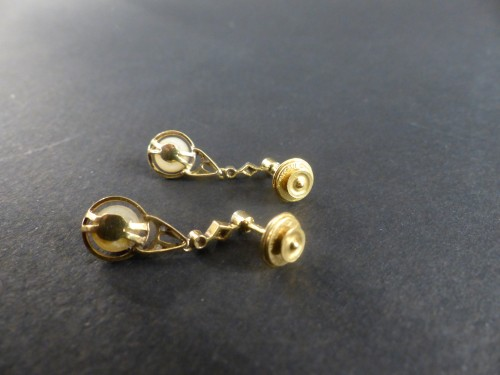 20th century - Gold and Platinum naturals pearls and diamonds dangle earrings