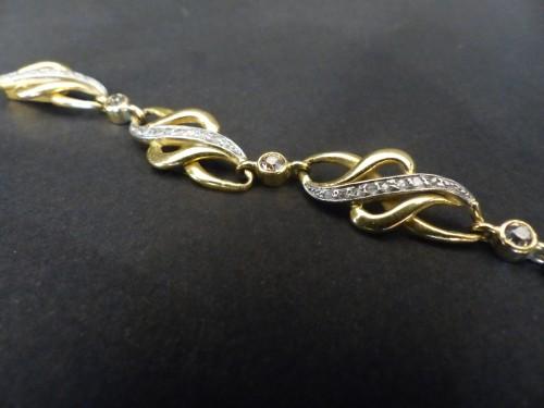 Antique Jewellery  - Art Nouveau gold and diamond bracelet