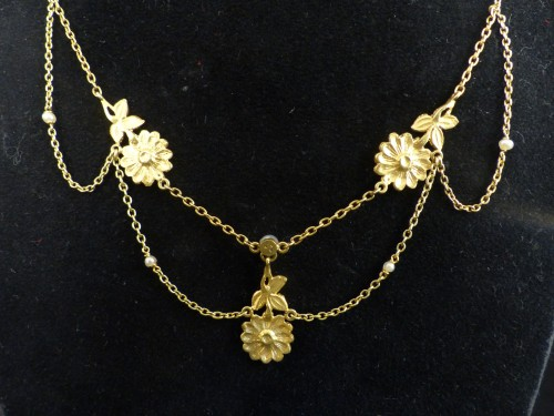 Art Nouveau gold necklace - Antique Jewellery Style Art nouveau