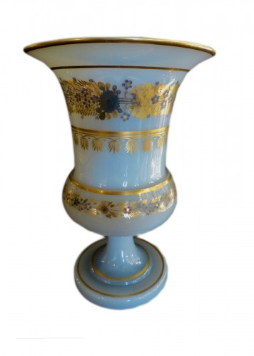 Important Medicis Vase in Opaline from Charles X period