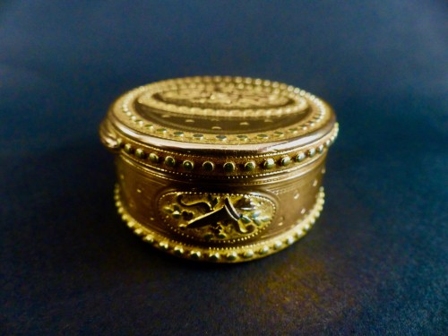 Objects of Vertu  - Three gold snuffbox by René Jean Lemoyne