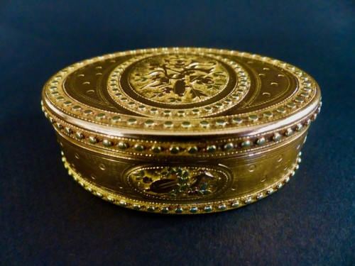 Antiquités - Three gold snuffbox by René Jean Lemoyne