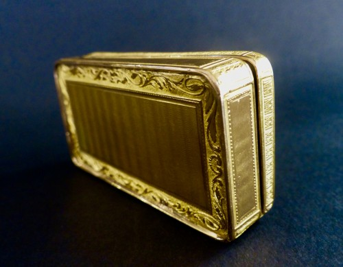 Objects of Vertu  - French Gold snuffbox