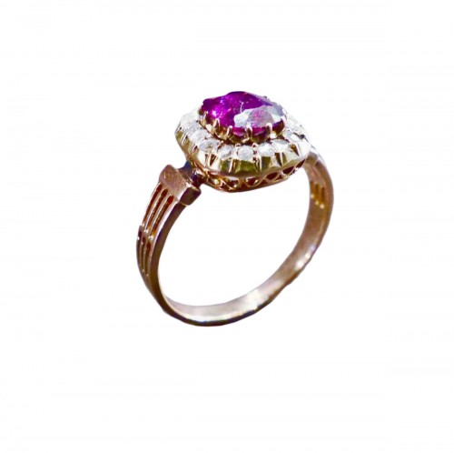 Pink gold ring, amethyst diamonds