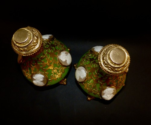 Cameos  and Opaline scent perfume bottles - Glass & Crystal Style Napoléon III