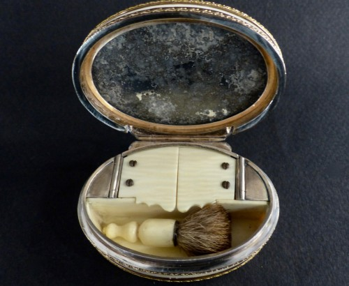 Ivory and Gold Patch Box, Louis XVI period -