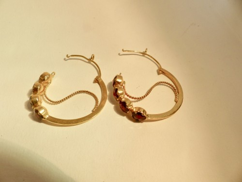 """Antique Jewellery  - Pair of gold earrings, """"Poissardes"""""""