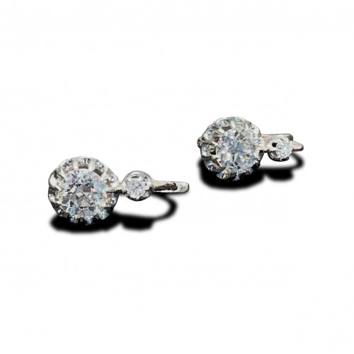 Paire de boucles d'oreilles or et diamants