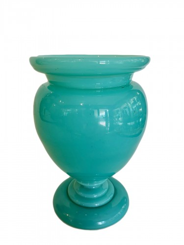 Opaline vase - Manufacture of Bercy circa 1810-1820