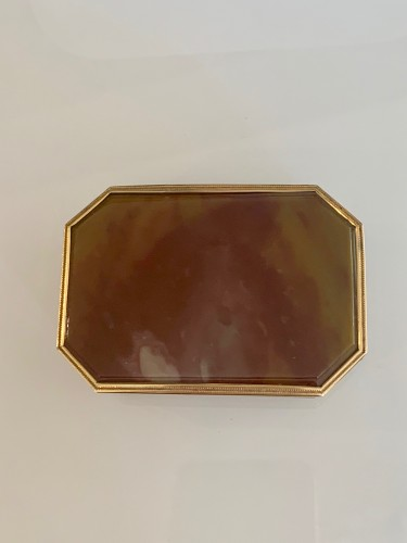 Louis XVI agate and gold patch box - Louis XVI