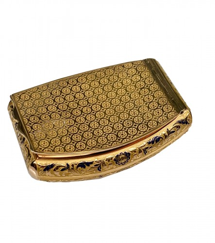 Gold pocket snuffbox