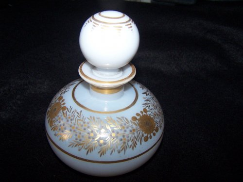 Restauration - Charles X - Flacon opal crystal decoration Desvignes