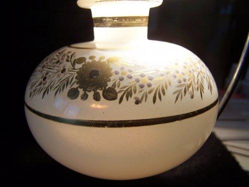 Antiquités - Flacon opal crystal decoration Desvignes