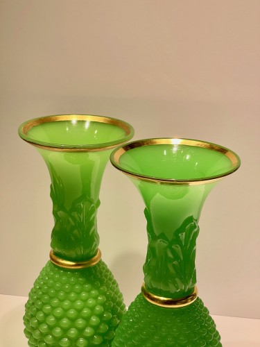 Baccarat - Green opalines vases - Glass & Crystal Style Louis-Philippe