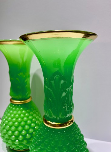 Baccarat - Green opalines vases - Louis-Philippe
