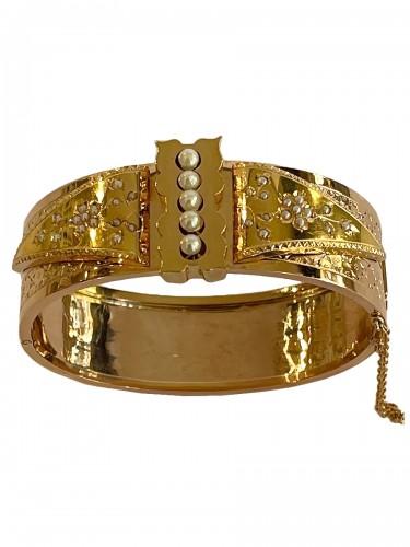 Bracelet en or de couleurs et perles fines d'époque Napoléon III