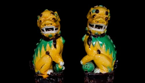 Asian Art & Antiques  - Pair of Guardian Lions (Kangxi, 1662-1722)