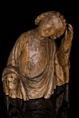 Apostle John, 16th century - Sculpture Style Middle age