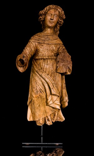 16th century - Female Saint (16th century)