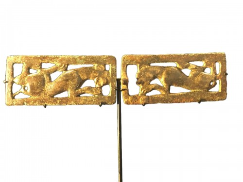 Two Bronze Belt Buckle Plaques (Ordos Civilisation, 6th-2nd cent BC)